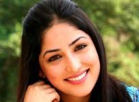 hero-malayalam-movie-yami-gautam-21
