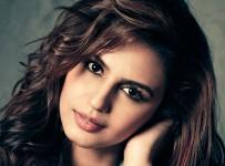 Beautiful-Huma-Qureshi-Photos